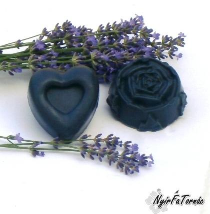Nyírségi Prémium Fekete szappan levendula illattal - pattanások ellen természetesen
