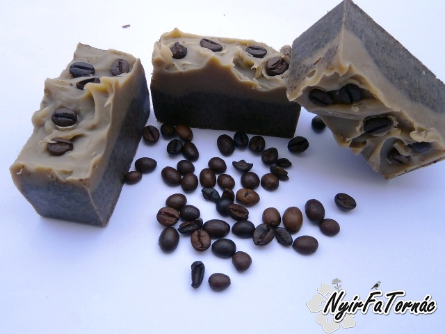 Nyírségi Családi Kecsketejes szappan Dörzsis cappuccino - kávés szappan ínyenceknek is