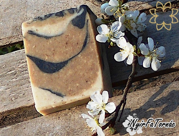 Nyírségi Családi Gyógynövényes szappan ichtiollal, natúr